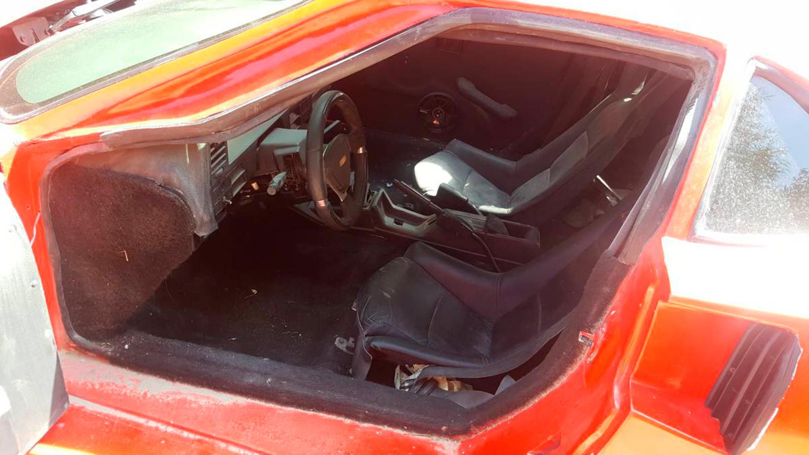 Foto de Ferrari F40 réplica Nissan Sentra (3/10)