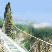 El puente de cristal más alto del mundo da mucho miedo, pero en este vídeo se te pasará enseguida