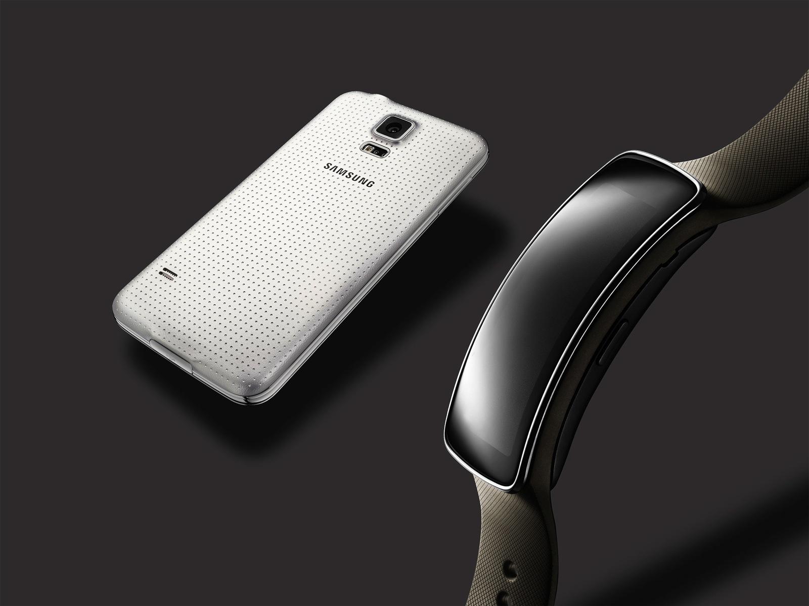 Foto de Samsung Gear Fit (4/23)