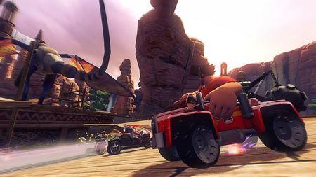 Vídeo con Ralph, de ¡Rompe Ralph!, la nueva película de Disney, dándolo todo en 'Sonic & All-Stars Racing Transformed'