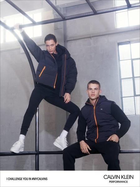Calvin Klein muestra el colorido y dinámico lado de hacer deporte con su colección performance