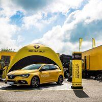 """Renault lanza su propio """"Facebook"""" solo para seguidores y fanáticos del rombo"""