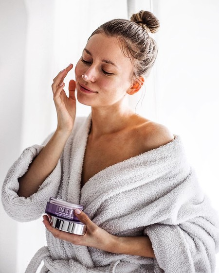Pon un punto sensorial a tu rutina de belleza con un bálsamo facial: 12 bálsamos desmaquillantes para limpiar tu piel