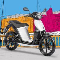 La Quadro Oxygen es una moto eléctrica casi clavada a una Torrot Muvi y cuesta 370 euros menos