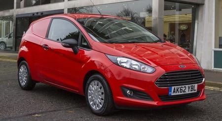 El Ford Fiesta Van 2013 comienza su vida (de) comercial