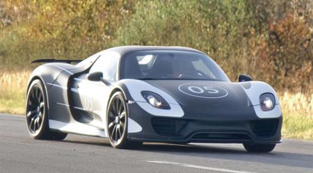 El Porsche 918 Spyder Hybrid cazado con un nuevo diseño