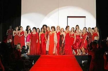 Red Dress Collection 2007, la moda contra los problemas cardíacos