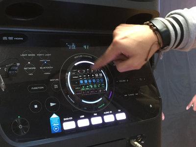 Muteki V90: Así es el parlante de Sony que quiere 'prender' las rumbas colombianas