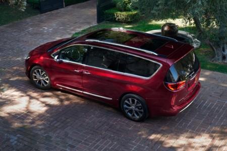 Nuevo Chrysler Pacifica, o cómo reconquistar en Detroit el reino de los monovolúmenes