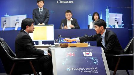 AlphaGo' es el documental de Netflix que mejor explica lo que supuso la  victoria de la IA de Google al campeón de Go