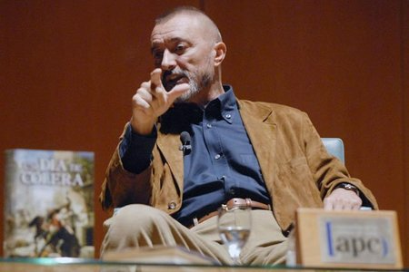 ¿Por qué Arturo Pérez-Reverte vuelve a la Feria del Libro de Madrid?