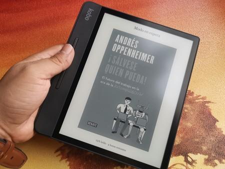 """Kobo Forma, primeras impresiones: la """"agarradera"""" es clave para lectura más cómoda"""