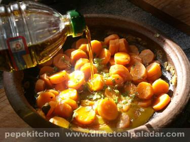 Zanahorias confitadas al comino. Receta