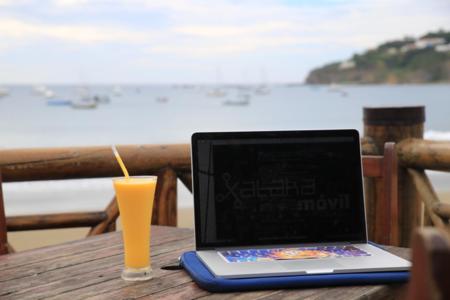 Las tarifas móviles 4G con más gigas en tarjeta y contrato, para conectar a internet por WiFi en vacaciones