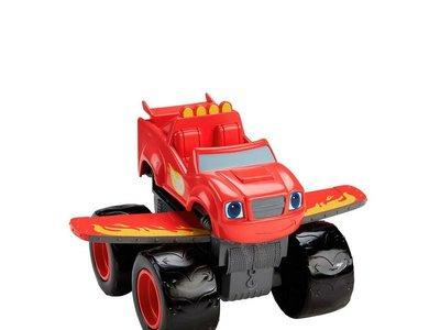 """El coche de juguete Blaze Turbo: """"Transforming Blaze Jet"""" está por 16,95 euros en Amazon"""