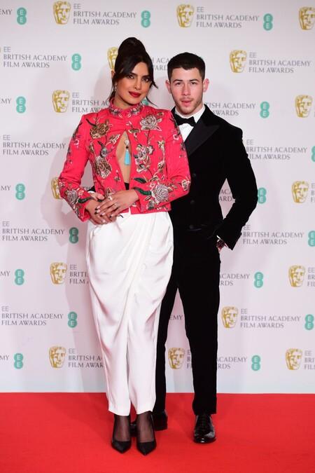 Premios BAFTA 2021: la alfombra roja al completo con todos los looks de la noche