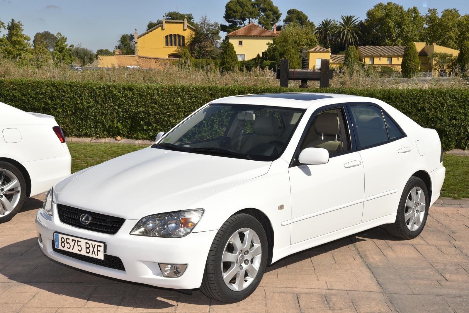 Foto de Lexus IS 200 (1998) (4/5)