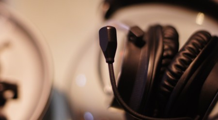 Detalle del micrófono de los auriculares