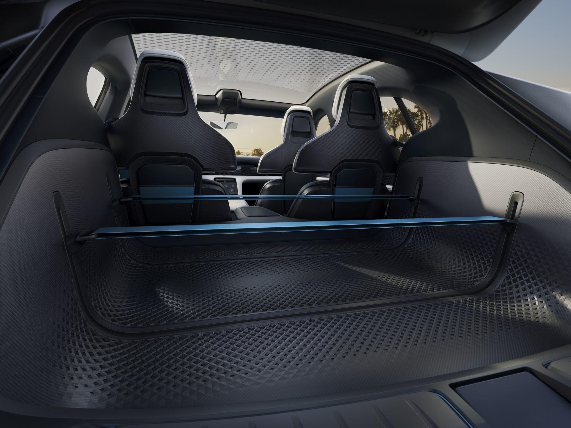 Foto de Porsche Mission E Cross Turismo (4/8)