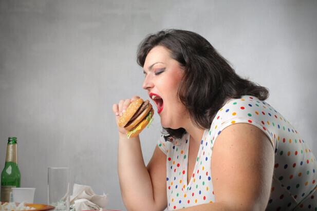Estrés y aumento de peso: estas son las razones por las cuales engordamos cuando estamos estresados