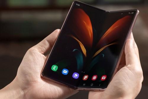 Samsung, su nuevo Galaxy Z Fold 2 y la quizás precipitada declaración del fin de los móviles planos