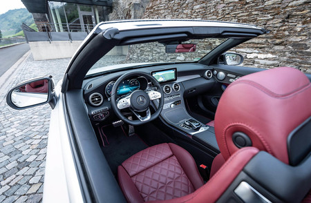 Mercedes Benz C 300 Amg Line Cabriolet