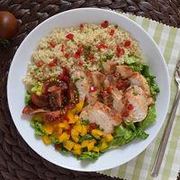 17 ensaladas con pollo para sumar proteínas a tu dieta este verano