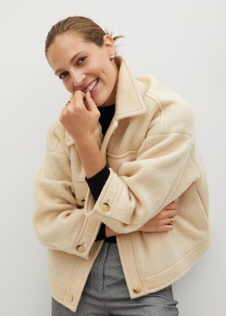 Kendall Jenner ha estrenado la chaqueta de Mango que va a arrasar esta temporada