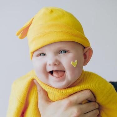 53 nombres para bebés, de niño y de niña, inspirados en los colores