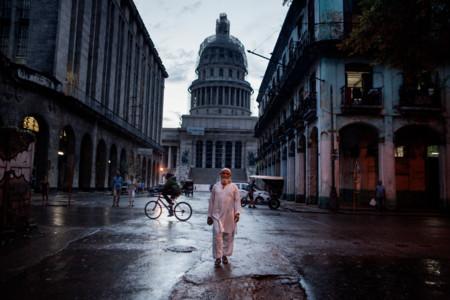 """Joan Alvado gana el XV Premio Nuevo Talento FNAC de Fotografía por su serie """"Cuban Muslims, Tropical Faith"""""""