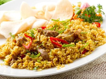 Siete maneras de cocinar el arroz para disfrutarlo cada día de la semana de forma variada