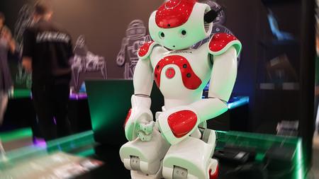 Robot Simo 2016 Juguetronica