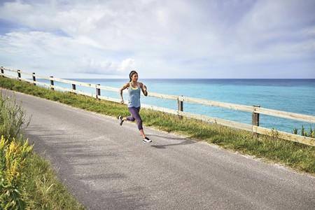 Llega la primavera y el calor: esto es lo que debes tener en cuenta antes de salir a correr