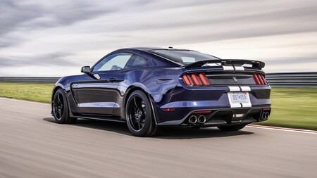 Ford Mustang Gt350 Trasera