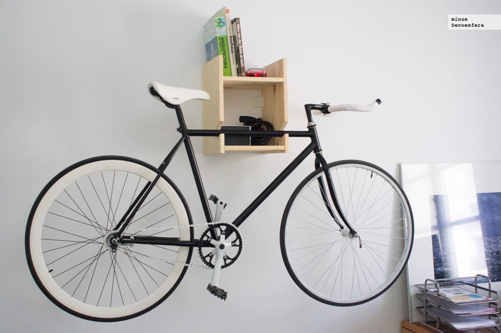 Foto de Una estantería para colgar la bici (3/7)