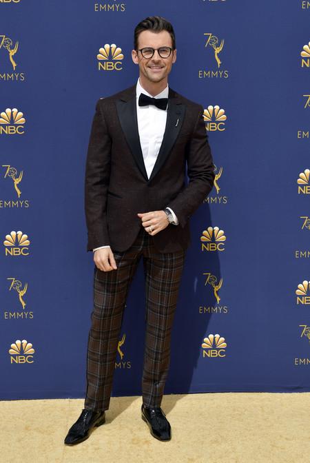 Brad Goreski Se Enfunda En Marron Y A Cuadros Para La Alfombra Roja De Los Premios Emmy 3