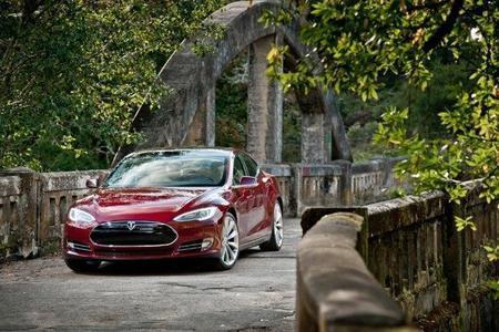 El Tesla Model S designado coche del año por la revista Automobile