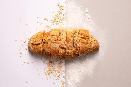 """La nueva """"ley del pan"""" define por fin qué es la """"masa madre"""", regula el pan integral y baja su IVA"""