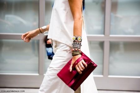 Cuando el bolso de moda lo firma Valentino y resulta ser un regalo (personalizado), una muere de envidia