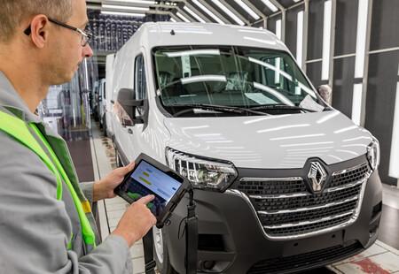 Batilly Plant Renault Master Manufacturing