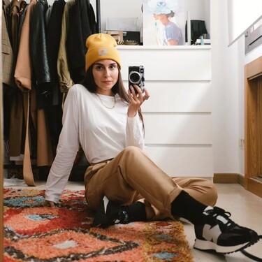 New Balance, Converse o Vans... zapatillas deportivas negras que combinan con cualquier look casual