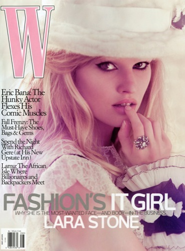 Lara Stone para W: ¿la fashion's it girl del momento?