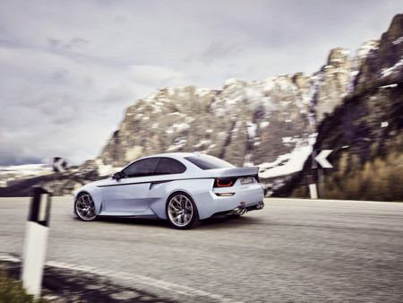 BMW 2002 Hommage 05 1