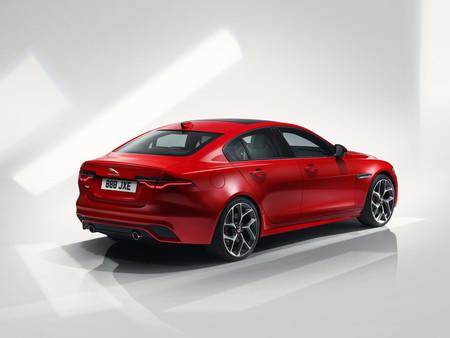 Jaguar Xe 2020 6