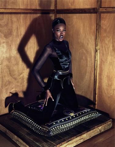 Givenchy y la 'diosa de ébano', tándem perfecto
