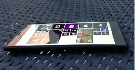 Nokia Lumia 1520, aparecen imágenes reales del phablet con Windows Phone