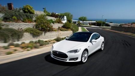 Tesla Model S Akerson