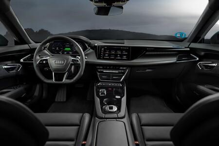 Audie-ton GT Interior
