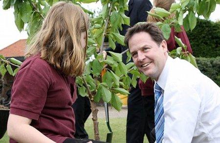 Nick Clegg pide la derogación de la Ley de Economía Digital