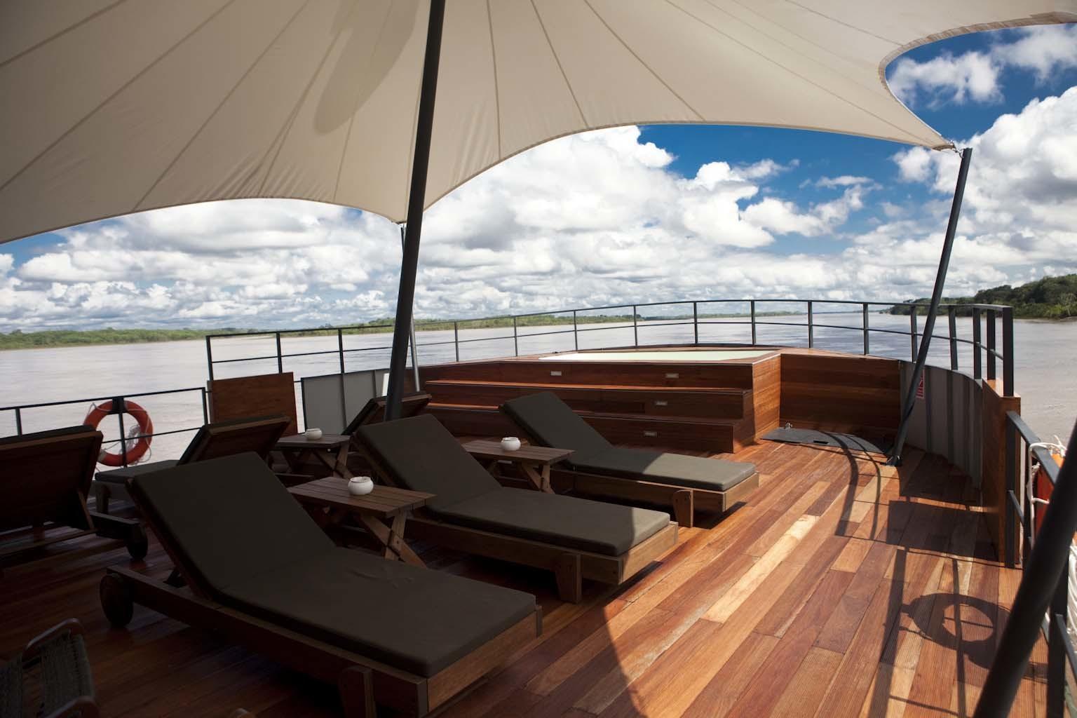 Foto de Recorre el Amazonas en un hotel flotante de lujo (13/14)